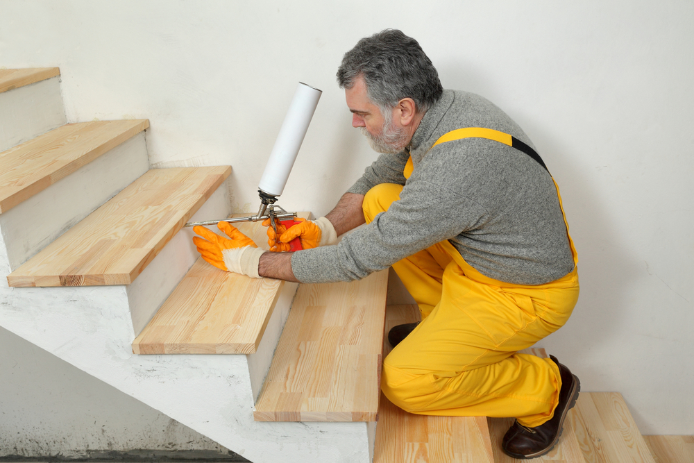 How Many Coats Of Polyurethane On Stairs